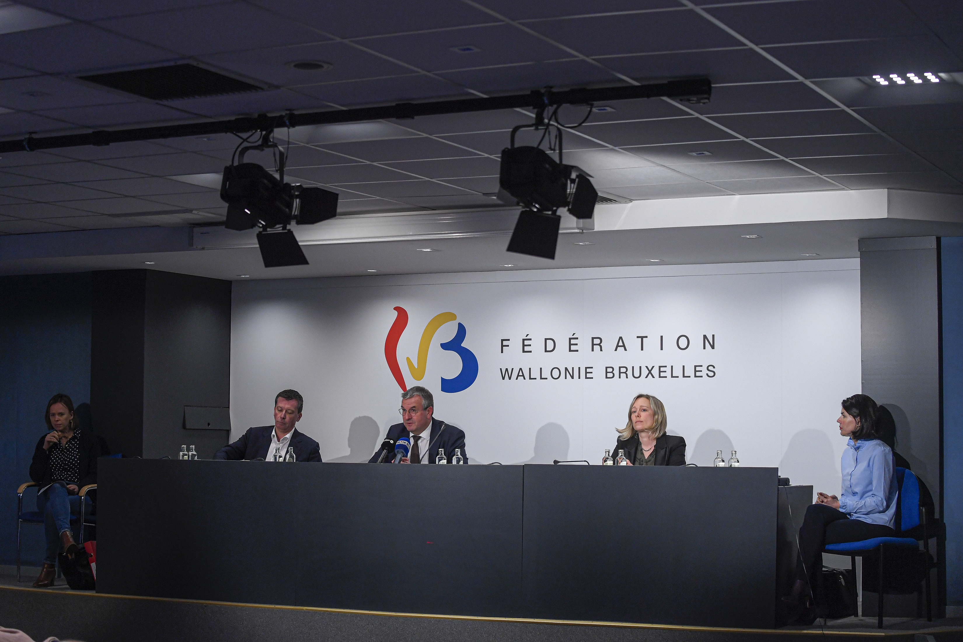 001.jpg (FEDERATION WALLONIA BRUSSELS GOVERNMENT PRESS CONFERENCE)